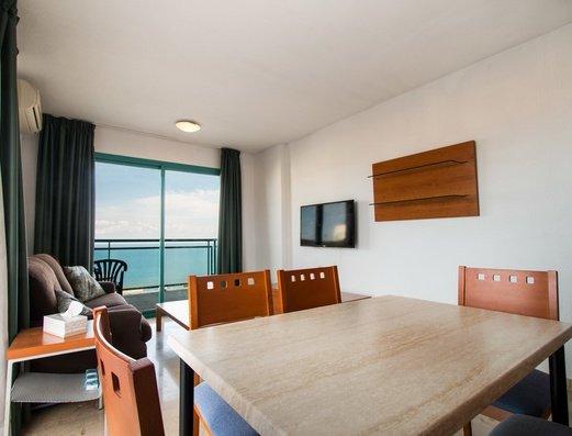 Гостиная в квартире 2/4 Отель Magic Atrium Beach